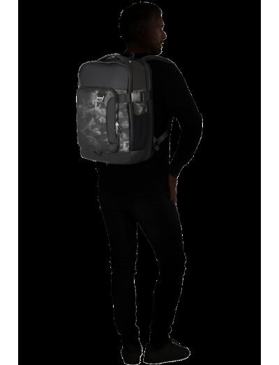 "Midtown Midtown Laptop Backpack 15.6"" Exp. Camo Grey - Product Comparison"