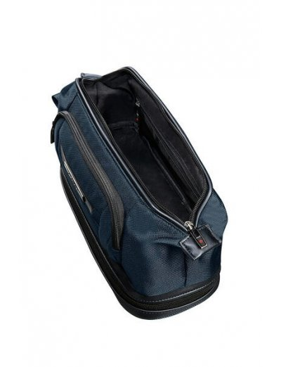 Pro-Dlx 5 Toiletry Bag - Toiletry bags and cases