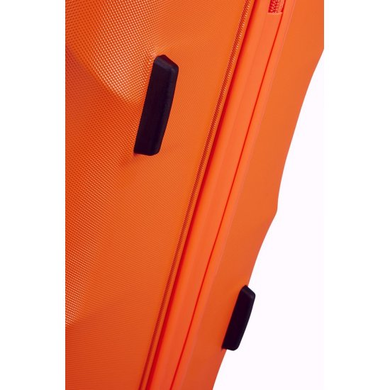 Crystal Glow 4-wheel 76cm large Spinner suitcase