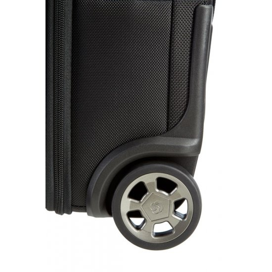 Pro-DLX″ Garment Bag with Wheels Cabin Black