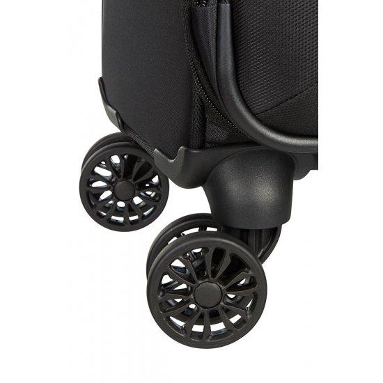 Black B-lite 3 Spinner on 4 wheels 55 cm.