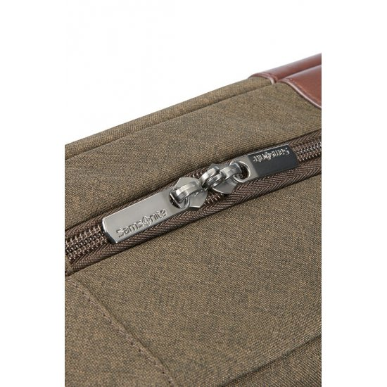 Upstream Bailhandle with 2 Compartments 15.6inch