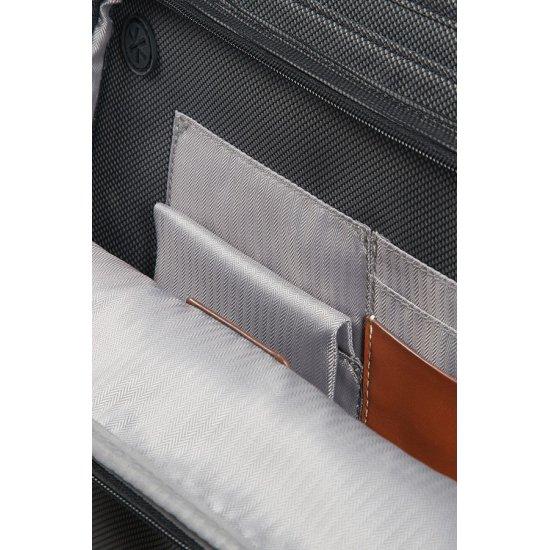Fairbrook Briefcase 2 Gussets 39.6cm/15.6″ Black/Cognac