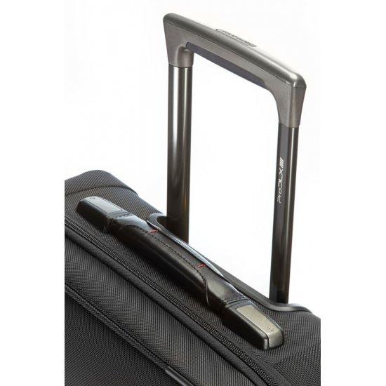 Pro-DLX 4 Rolling Tote 41.7cm/16.4inch Black