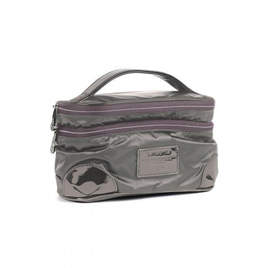 Impermeable Beige Toiletry Bag Thallo