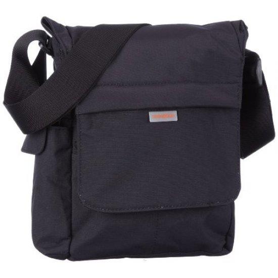 Олекотена удобна чантичка за рамо черна