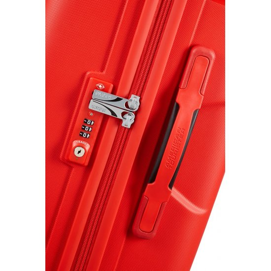 Skytracer 4-wheel Spinner suitcase 68cm Formula Red